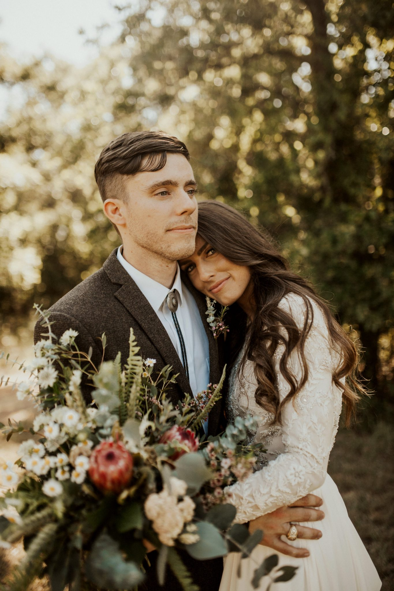 Their rustic romance wedding was full of charm and wildflowers